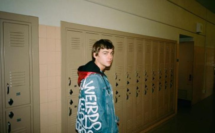Miles Heizer age, height, body, career, gf