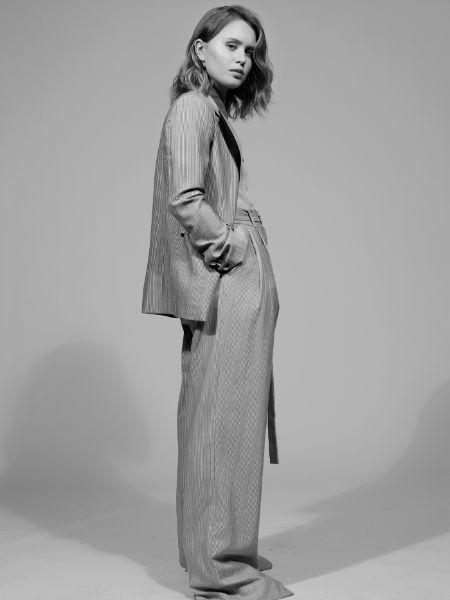 Eliza Scanlen height