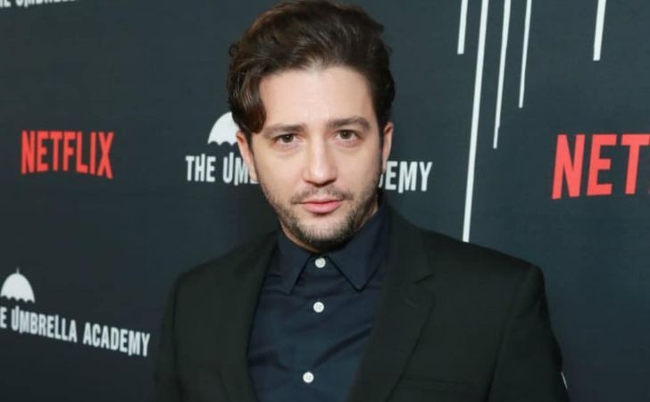 John Magaro Age, Movies, Career, The Umbrella Academy, Wife, Net Worth