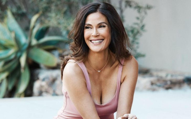 Teri Hatcher Bio, Age, Height, Movies & TV Shows, Daughter, Net Worth, IG