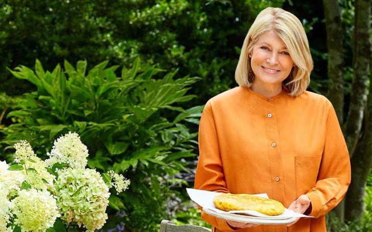 Martha Stewart Net Worth, Biography, Age, Height, Daughter, TV Shows, Instagram